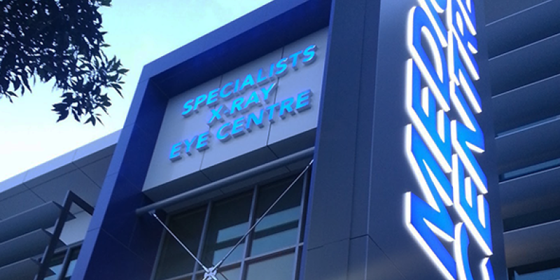 medical centre healthcare illuminated signage